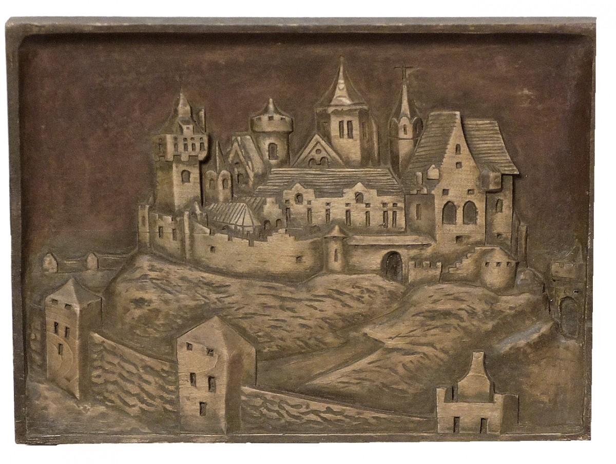 Рыцарский замок, дерево. Размер 42x31